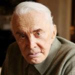 Aos 100 anos, Kirk Douglas investe em idosos demenciados