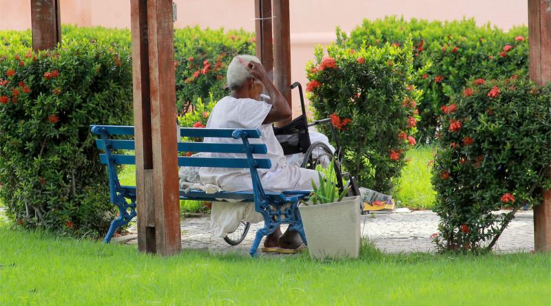 Idadismo é envelhecer sofrendo preconceitos sociais