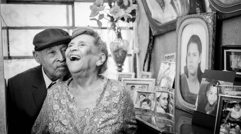 Pesquisa que já dura 79 anos revela o que importa para um envelhecimento feliz