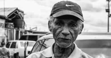 O envelhecimento e os desafios do convívio social e familiar
