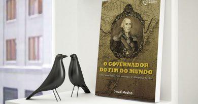 Sinval Medina comemora 40 anos de literatura na sua nova casa, a Portal Edições