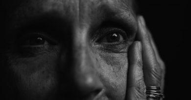 O isolamento extremo de idosos em ILPI's têm efeitos colaterais negativos