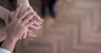 Solidariedade intrafamiliar: na Espanha, 42% dos idosos ajudam financeiramente suas famílias