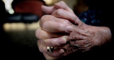 RJ: cuidado domiciliar de pessoas idosas na pandemia