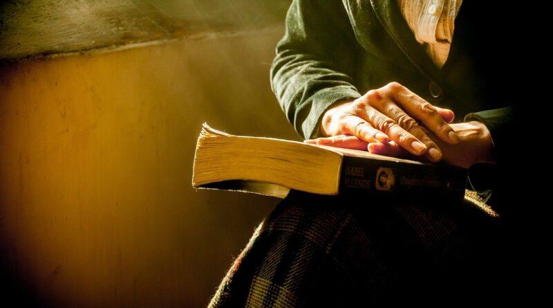 Tertúlia em URSI: ler para relembrar, reviver e transformar