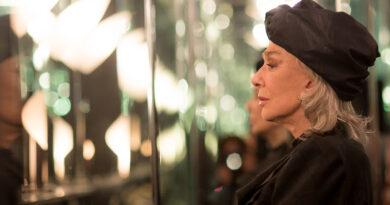 Cine-Debate permite nos relacionar com o futuro e com o passado, no presente